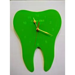 Часовник зъбче плексиглас светло зелен